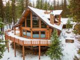 Custom Spruce Log Home