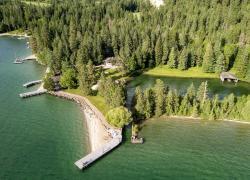 Sanctuary on Skidoo Bay with Lagoon